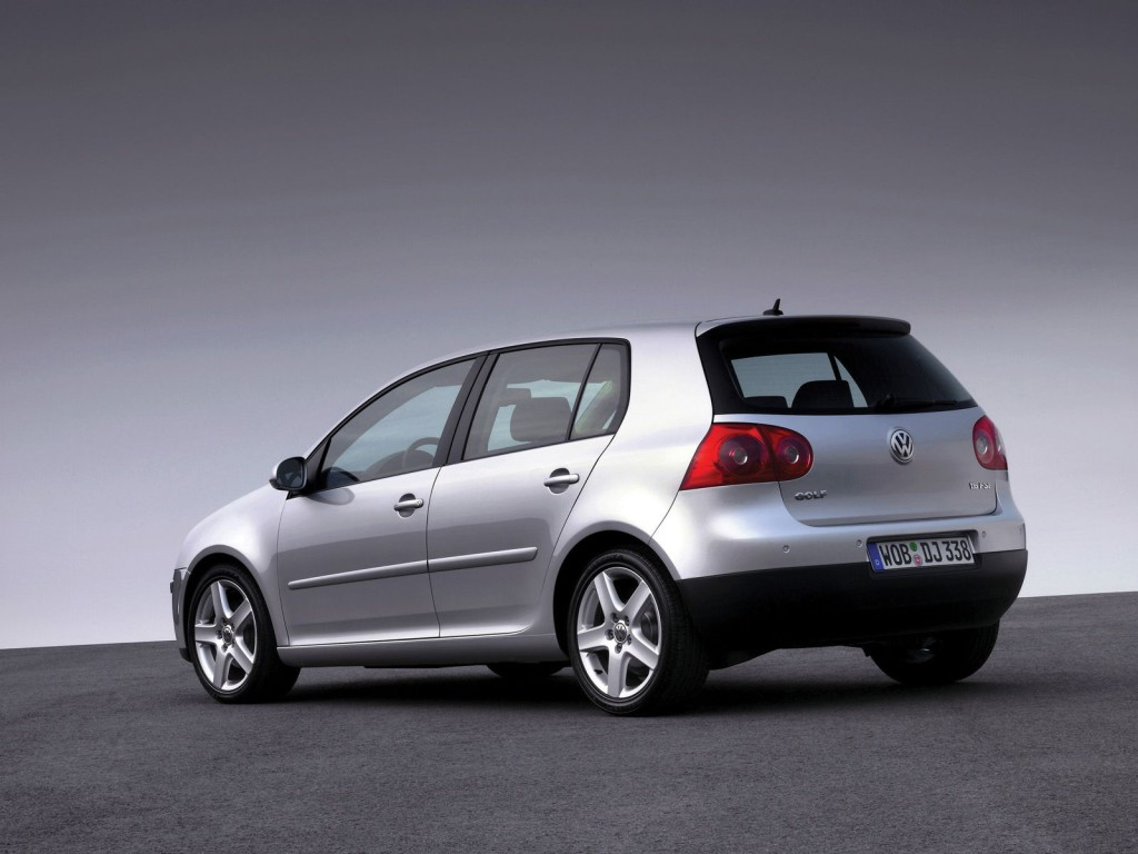 Volkswagen-Golf-V-009