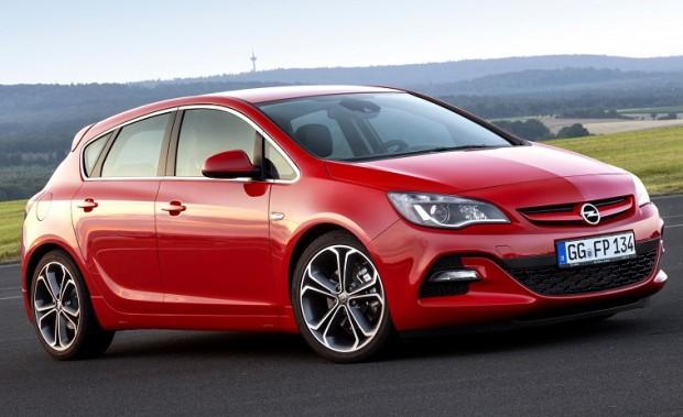 Opel Astra zwycięzcą Złotej Kierownicy 2015