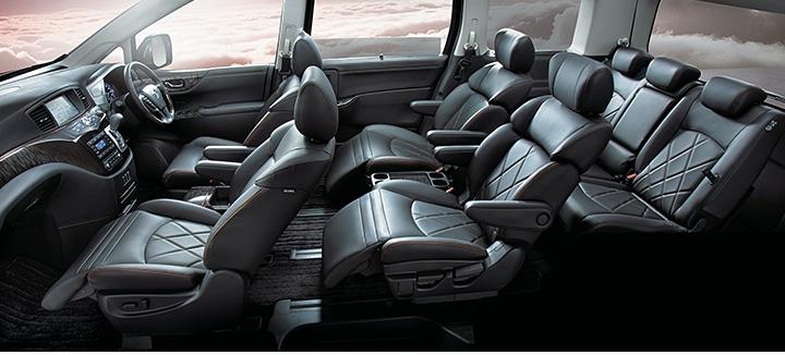 Nissan Elgrand siedmioosobowy, luksusowy SUV