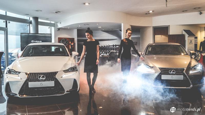 Straszny przedpremierowy pokaz nowego Lexusa IS