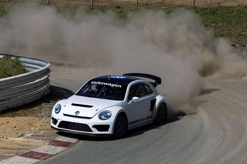 vw-beetle-grc-rallycross-usa-motorsport-fotoshowbigimage-9d2c10ee-8605211