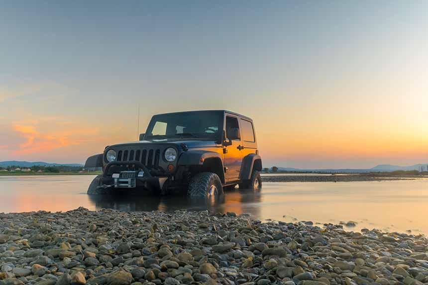 Pogromca przeszkód terenowych – Jeep Wrangler