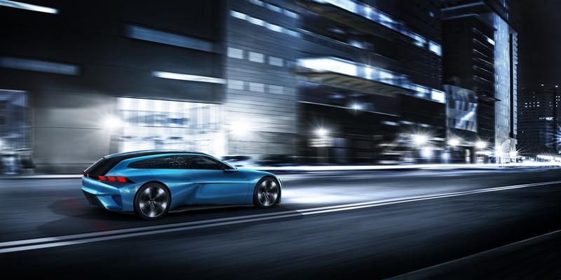 Peugeot Instinct innowacyjny francuski samochód autonomiczny