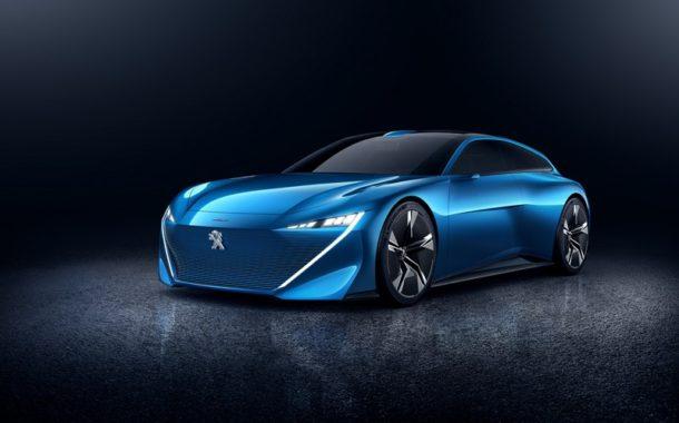 Peugeot Instinct - era autonomicznych aut coraz bliżej?