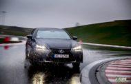 Pasja na Krawędzi: Bartek Ostałowski ujarzmia Lexusa GS F
