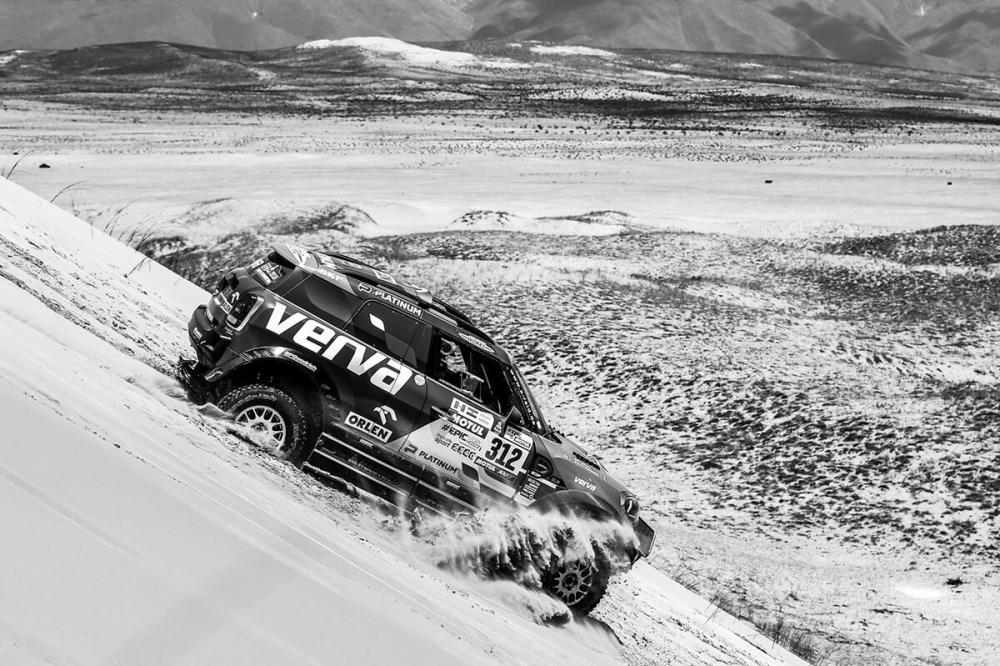 10 etap Rajdu Dakar - Półmetek walki o podium