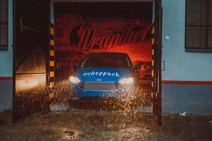 Car wrapping – oklejanie auta krok po kroku