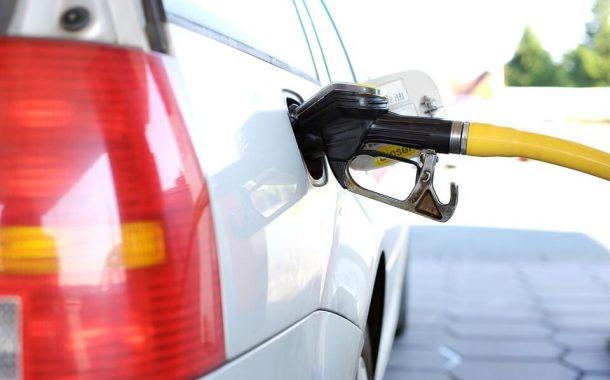 Samochód na benzynę czy gaz - jakie są korzyści?