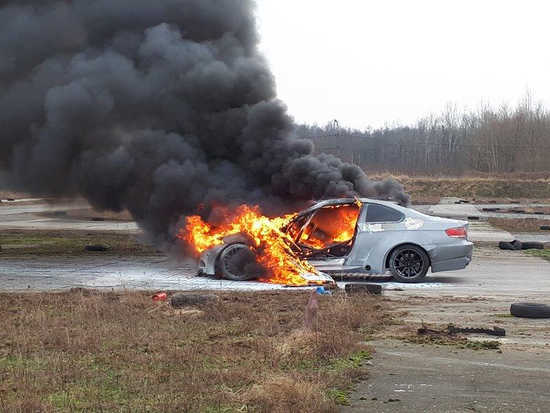 Wszystkie ręce na pokład - nowe auto dla Bartka Ostałowskiego