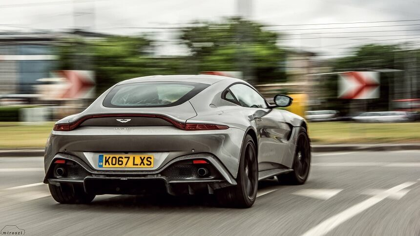 Aston Martin V8 Vantage 2018 , fot. Miroszi
