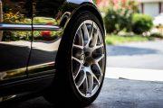 Mikrofibra - idealna do samochodu